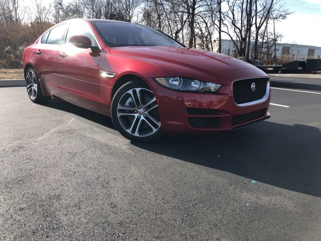 2017 Jaguar Xe 35t Premium >> Certified Pre Owned 2017 Jaguar Xe 35t Premium Rwd 4d Sedan